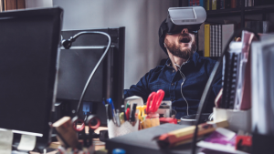 vr-employees-hed-2016-300x169 Best of the Biz: Virtual Reality